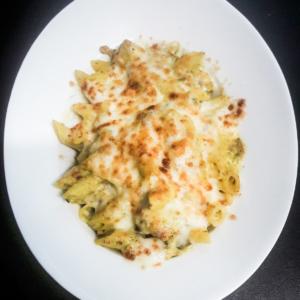 Pene al forno cu pui și ciuperci