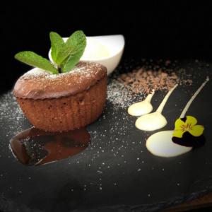 lava cake inghetata vanilie k10 restaurant satu mare